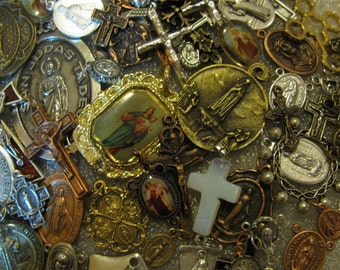 Sale 30 MEDALS Religious Medal LOT  rosary making,charm bracelet,jewelry,Our Lady & St