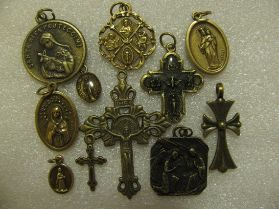 Catholic Medals Religious Meaning : Vintage Catholic Medal