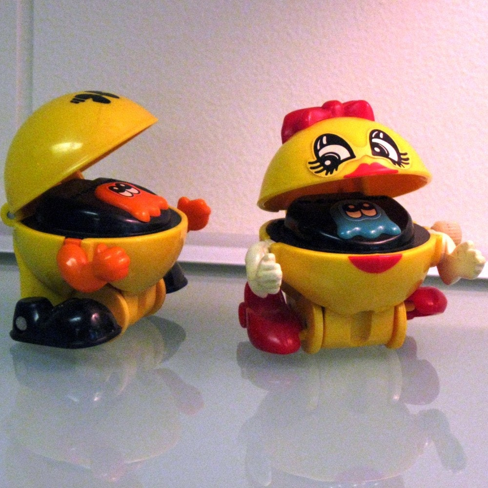 Toys For 7 And Up Mane Provided : Sale set of vintage pac man and ms wind up toys