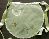 Vintage Green  ORGANZA APRON with EMBROIDERED FLOWERS 1940s 1950s