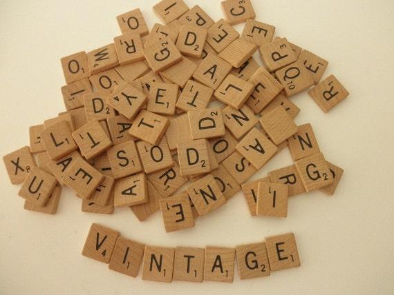 scrabble tiles - 200 pieces - game- wood-letters-tiles-alphabet-words-assemblage-anagram