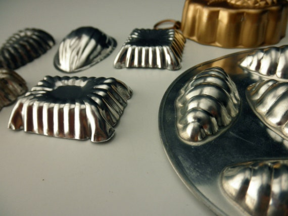 7 vintage metal Candy Molds-chocolate-assemblage-tart