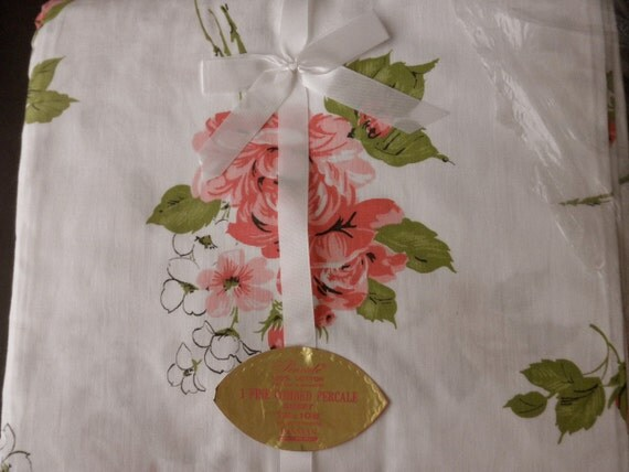 Vintage -new in package -Twin FLAT SHEET with pink flowers-1960s 1970s