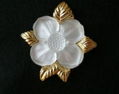 Reduced Price VINTAGE fashion brooch pin MONET dogwood flower goldtone and frosted glass