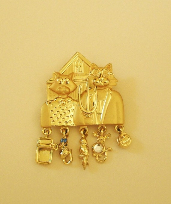 VINTAGE GOTHIC CATS BROOCH