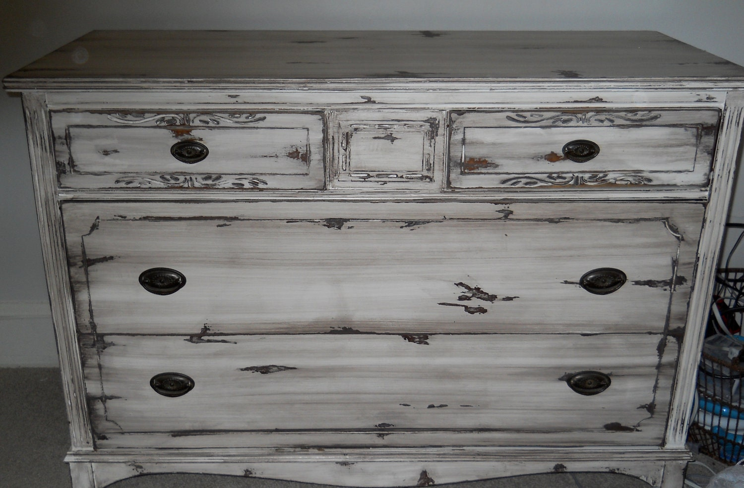 how to make a dresser look distressed