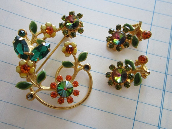 vintage brooch and earrings - pretty GREEN and ORANGE rhinestones, floral