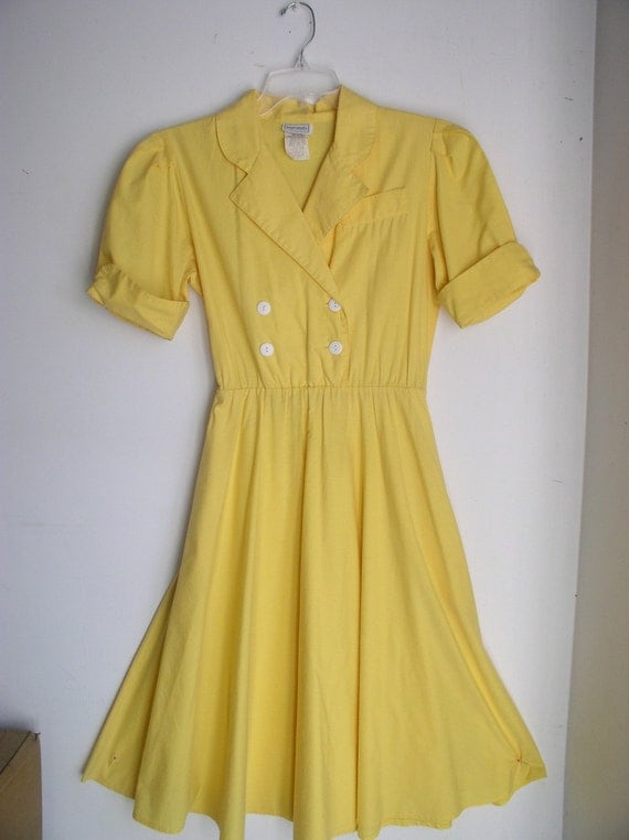 Vintage 70s/80s Yellow Sunshine Double Breasted Shirtwaist Dress