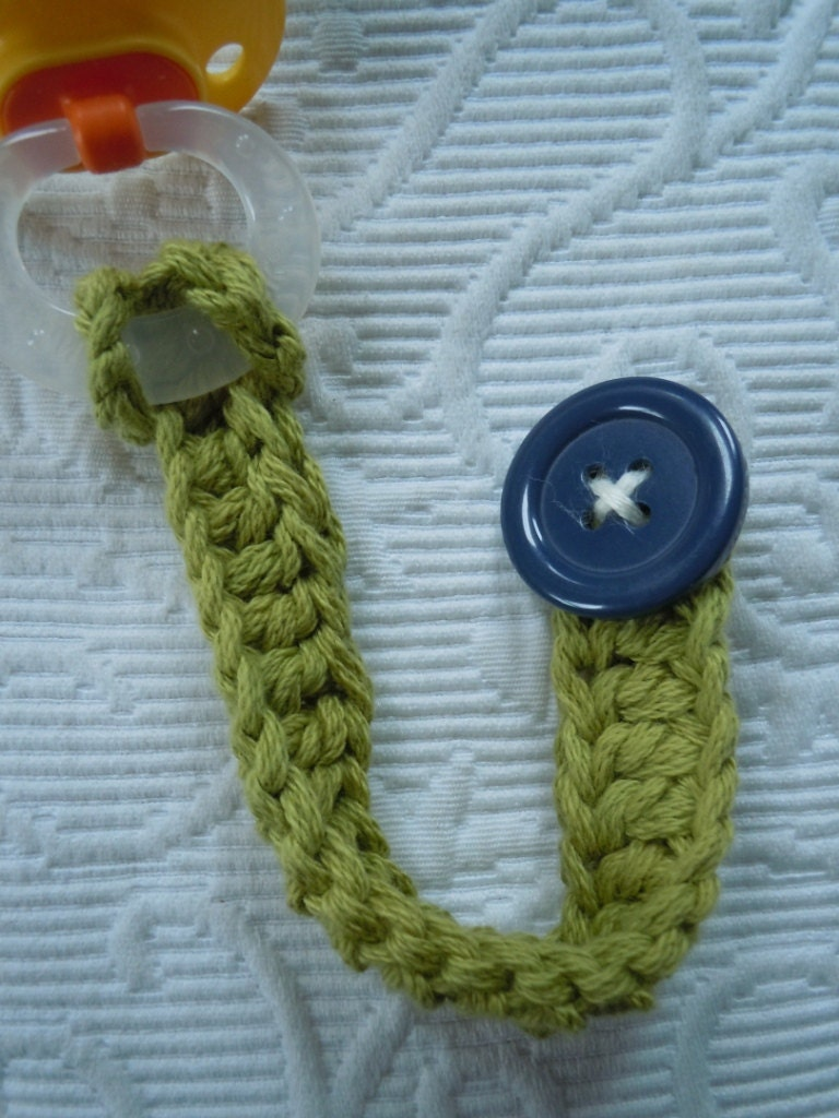 KNIT PACIFIER TETHER Vintage Knit Hand Knit Baby Holiday Gift