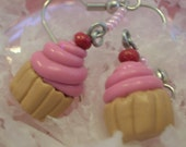 Cutie Pink Cupcake Beaded Earrings