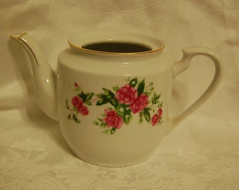 Old Rose Teapot, Pure Shabby Chic Cottage Style Beauty for Vintage Wedding Decor