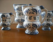 Vintage 1950s Porcelain Measuring Cups