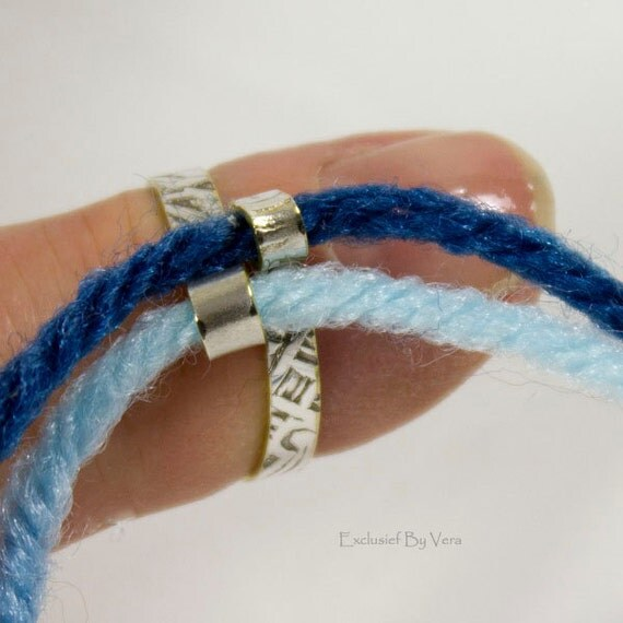 Knitting Ring Yarn Guide : Knitting ring double yarn guide where is close together