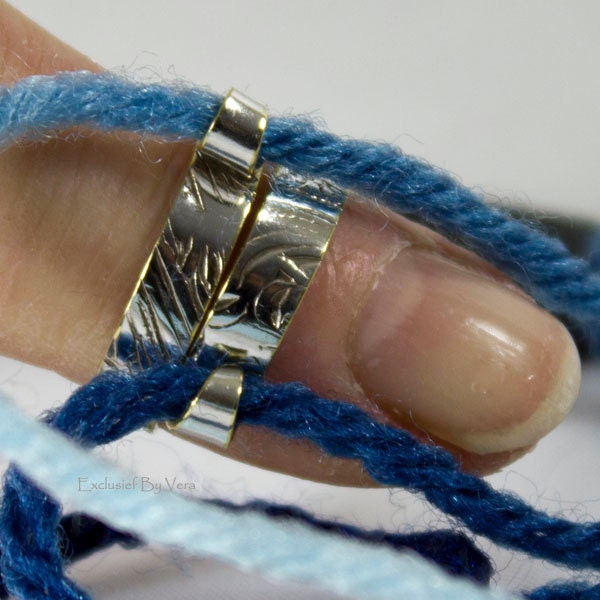 Knitting Ring Yarn Guide