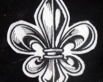 Black and white fleur de lis embroidered iron on patch
