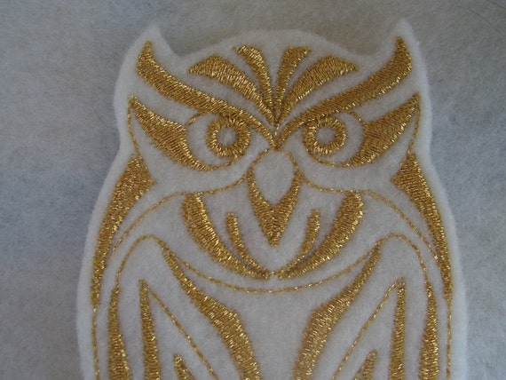 Golden metallic embroidered owl iron on patch