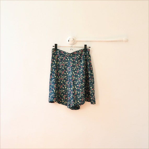 90s English Floral Culottes // teal blue skirt S