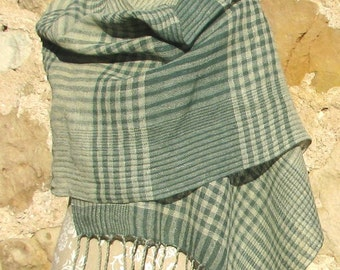 Handwoven Linen Shawl- Green linen scarf, handwoven linen scarf, woven linen, green checked scarf, green plaid scarf, linen flax shawl