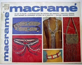 Beginner Macrame Instruction book - Macrame Necklaces Chokers - Macrame Belts