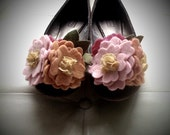 Dolly (Shoe Clips)