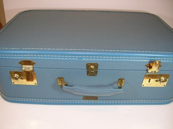 Vintage Dolly Madison Suitcase