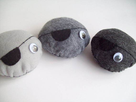 Pirate eye patch pet rock- large (You choose 1)