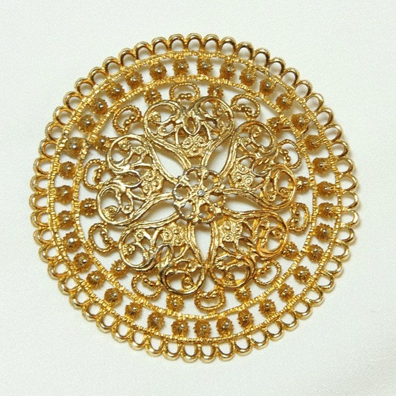 Reserved for wjksmom - Vintage Golden Filigree Pin