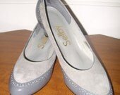 Vintage Selby Shoes Gray Heels Suede (7.5 AAA)