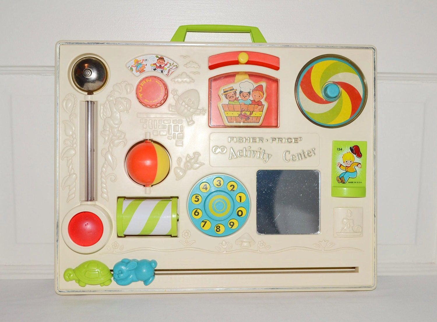 vintage fisher price activity center baby toy to by. Black Bedroom Furniture Sets. Home Design Ideas