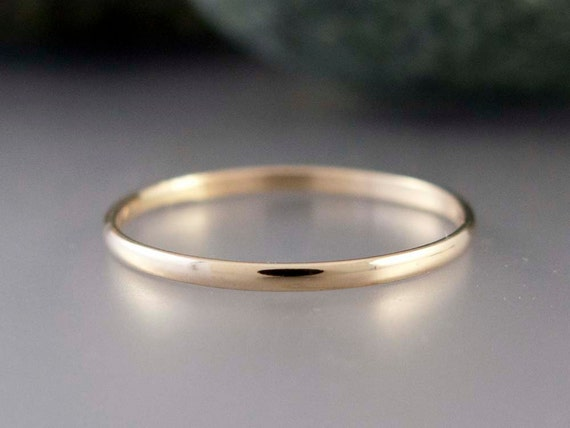 14k Gold Thin Wedding Band - Solid yellow gold