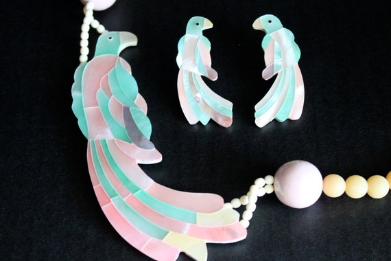 vintage tropical pastel parrot abalone large statement necklace and earring set
