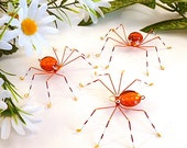Three Hanging Orange Spiders Copper Wire Art Home Decoration Sun Catcher Perfect Gift for Entomologists Nature Bug Cute Arachid Trio