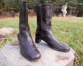 80s motorcycle boots - dark brown mid-calf boots - zip up - COLE HAAN - size 11B