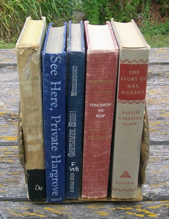 Vintage 1940s books Lot of 5 Tomorrow we reap Gentlemen hush Cannon hill See here private hargrove Mrs Murphy Paper Ephemera