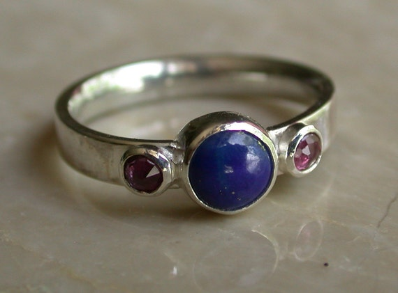 Silver ring, handmade with lapis and rubies