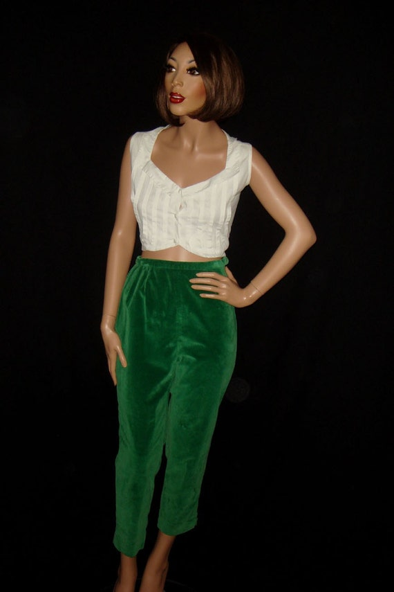 Vintage 60s Green Velvet Capri Pants by snapitupvintage on Etsy