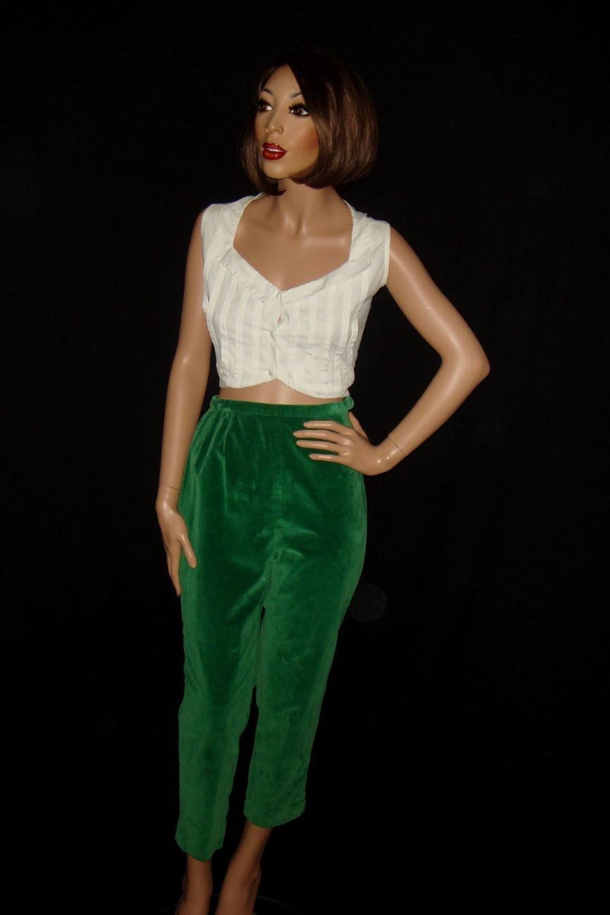 Vintage 60s Green Velvet Capri Pants