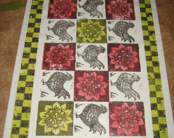 Chickens with Sunflowers and Checks Floorcloth Rug