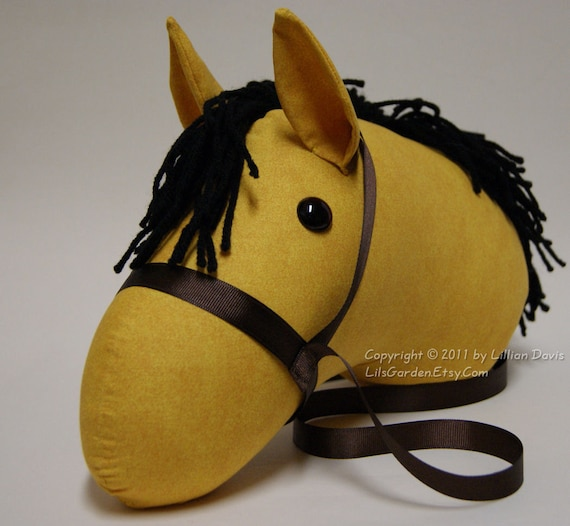 Buckskin  Stick horse head