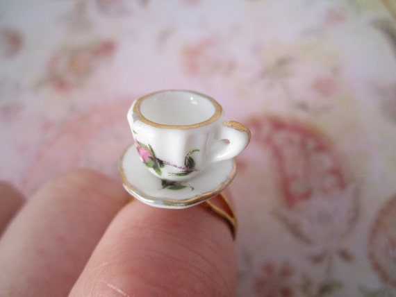 Tea Party Ring