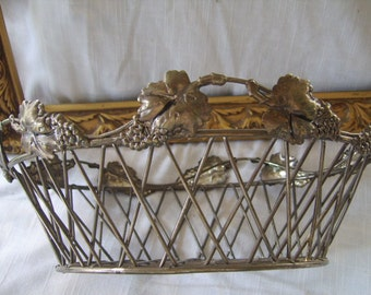Lovely Shabby Chic Rustic Vintage Silverplate Grape Design Woven Basket
