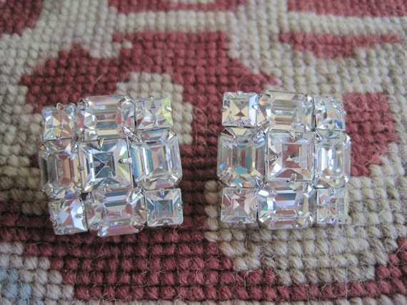 Vintage Signed WEISS Large Rhinestone Emerald Square Cut Clip on Earrings Bride Bridal Wedding