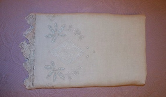 RESERVED FOR CONNIE Beautiful Vintage Table Runner, Linen and Lace, Filet Crochet, Cut Work, Inserts, Embroidery, White on White