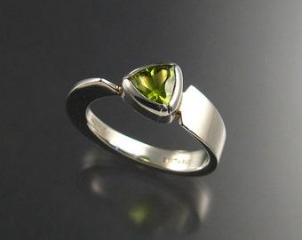 Peridot fantasy-cut triangle ring, Sterling