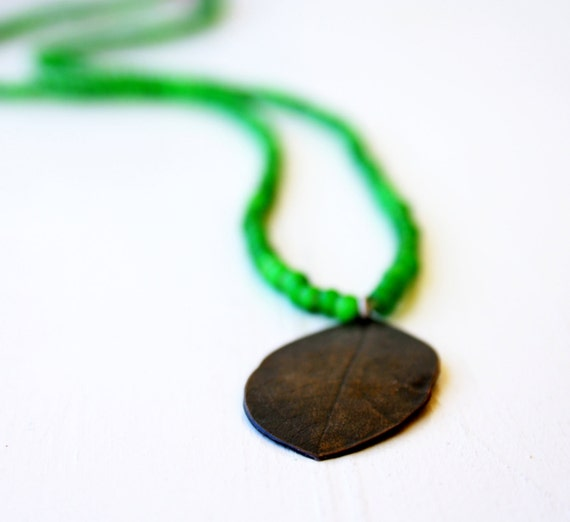 Emerald Green necklace with copper embossed leaf / nature inspired necklace / Handmade