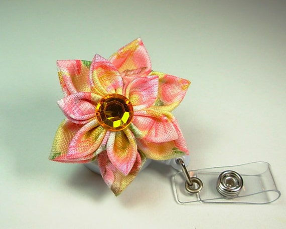 flower ID badge holder with double yellow petals kanzashi