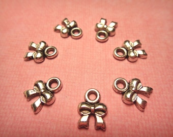 Antique Silver plated Bow /Ribbon Charms 8mm 40pcs