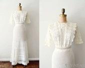 vintage 1910s dress - edwardian wedding dress / antique ivory lace