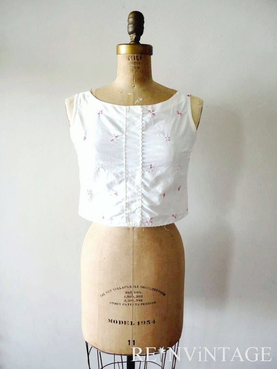 vintage 1950s blouse - 50s crop top / TiNY FLEUR white blouse