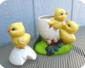 Easter egg baby chicks VINTAGE ceramic